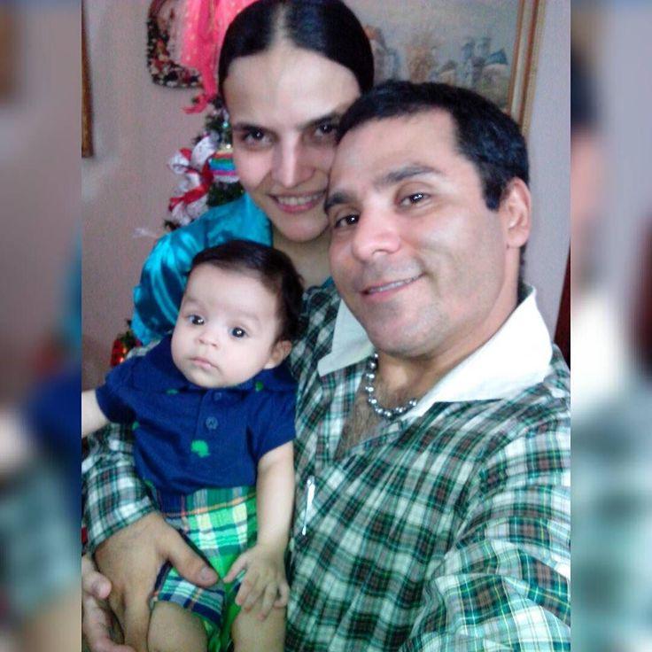 Mi hermosa familia es lo mejor del 2016 por encima la pesima situacion de nuestra venezuela me hacen feliz te amo marcel te amo reniela feliz mesiversario de matrimonio mi amor.  @marceldavidbr @dojomikela @ebskenpo @hiramatsukan @ebstrainner
