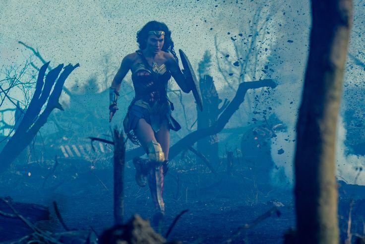Gal Gadot - Wonder Woman (2017) (4897×3267)