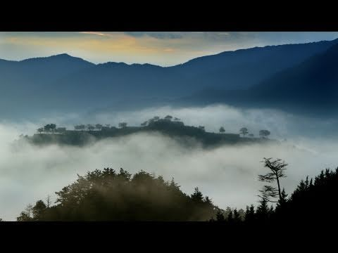 KOBE   Takeda Castle 探訪・竹田城跡 雲海に浮かぶ天空の城