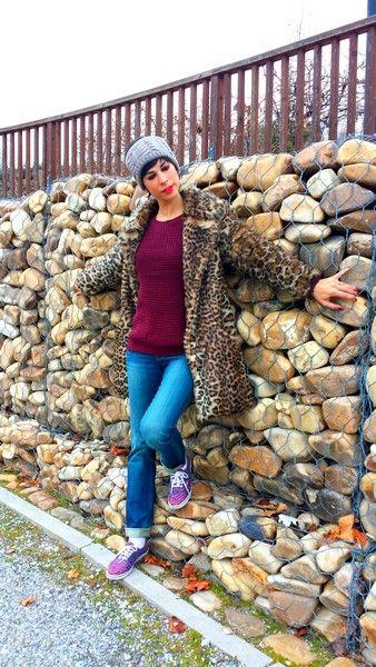 Look Leopard Coat!! Abrigo de piel sintética New Look, Asos, Rebajas al 70% (new) Jersey Easy Wear, Rebajas El Corte Inglés (new) Jeans G-Star Raw, Rebajas Las Rozas Village (new) Zapatillas leopardo y cebra Vans (old) Diadema Aliexpress (new) Bufanda Primark (new)