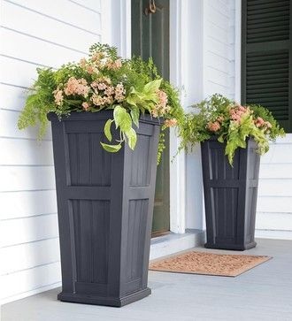 Easy + Creative Outdoor Planters   Four Generations One Roof