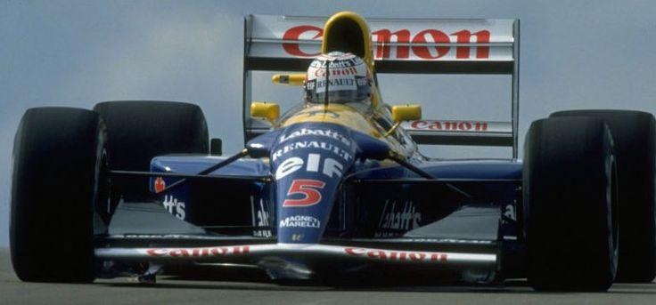 Williams FW14B 1992    Per la stagione 1992 di Formula Uno la Williams fu irragiungibile grazie al suo utilizzo di sospensioni attive. L'incredibilmente complesso sistema di elasto-cinematica fu programmato per anticipare le modifiche all'asfalto, ma le altre scuderie credettero che fosse troppo esoso da sviluppare. La tecnologia fu vietata l'anno successivo.