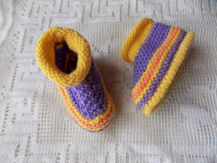 Chaussons bottines violet, jaune, pêche bébé 3 à 6 mois 0011