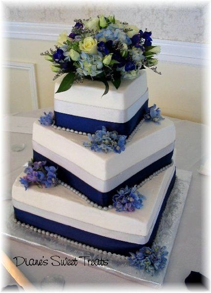 Blue Silver Square Wedding Cakes Photos & Pictures - WeddingWire.com