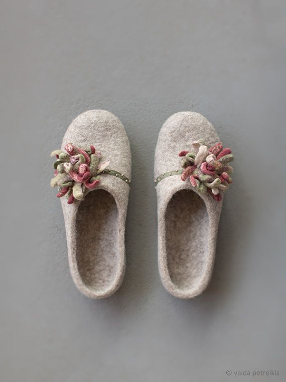 Women felted slippers house shoes Beige clogs with moss by VART