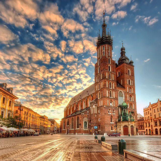 Cracovia, Polonia | 23 Lugares subestimados para vacacionar en todo el mundo que debes visitar antes de morir