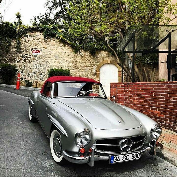 "Gefällt 2,888 Mal, 26 Kommentare – Vintagecardreams (@vintagecardreams) auf Instagram: ""Mercedes Benz 190 SL Roadster . . Photo by @atiloche . . . #mercedes #roadtrip #car #carlove…"""