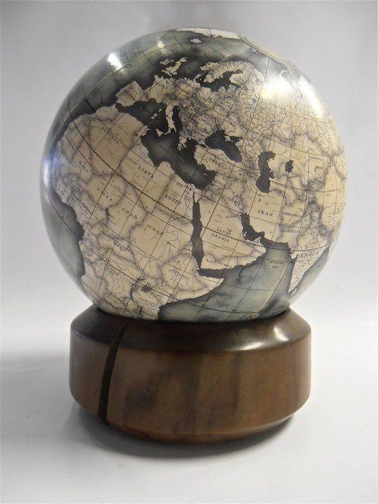 Bellerby Desk Globes - Cool Hunting