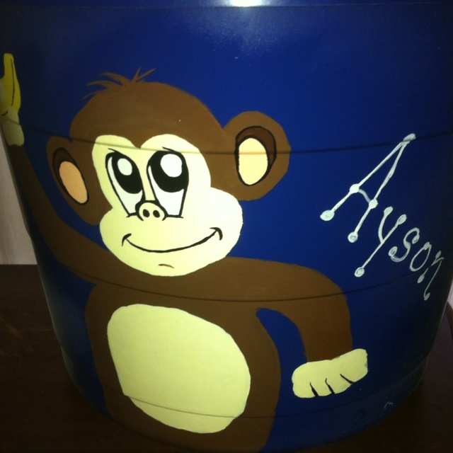 Toy tub I painted for Ayson!