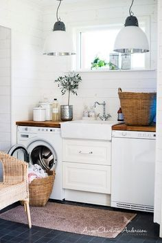 Lovely laundry room (love everything about this)!