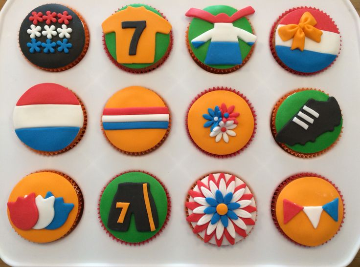 WK voetbal cupcakes! Hup Holland Hup!