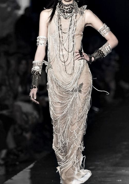 Jean Paul Gaultier Haute Couture Spring 2014 † #fashion #hautegoth #goth #gothaesthetics #hautecouture #couture #Gaultier #JeanPaulGaultier #JPG #2014