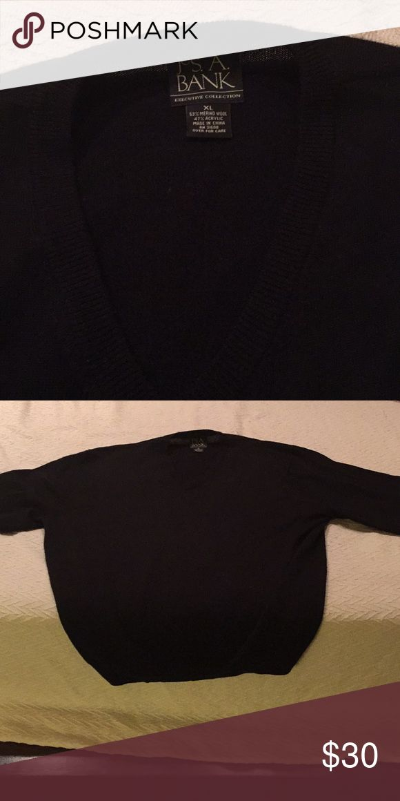 Joseph A Bank black sweater One Joseph A Bank merino wool black sweater Joseph A Bank Sweaters V-Neck