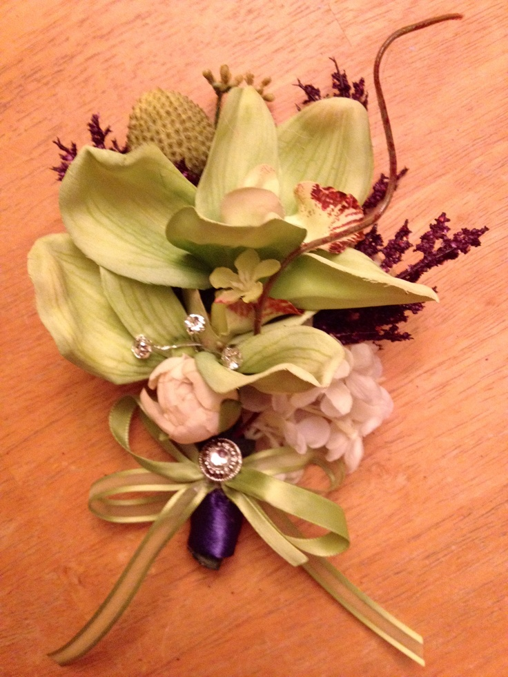 Mother of the bride corsage-lime & lapis