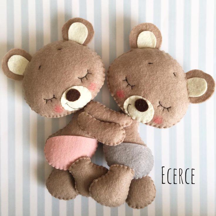 #keçe #felt #feltro #fieltro #ecerce #tasarım #babayroom #babyroomdecor #elyapımı #handmade #hediye #babyshower #bebekodası #baby #babyboy #babygirl #craft #feltcraft #bear #feltbear #bearlove #kidsroom