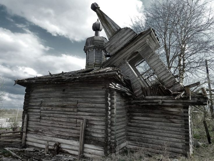 Russian abandoned antique churches