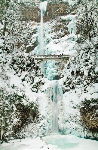 Multonomah Falls Ice And Snow - Columbia River Gorge, Oregon