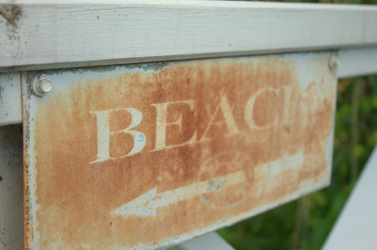 Beach that way!