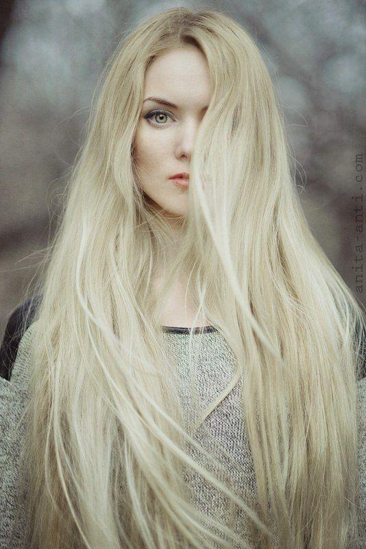 Green Eyes Blonde 54