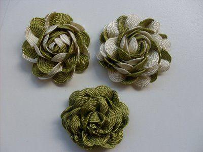 Tutorial de confecção de rosas de sianinha trançada