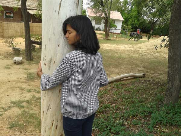 Connecting oneself with the tree by seeing it closely and just being with it. Workshop: Whispers of Nature; Facilitator: Sunaina; Venu: The Gnostic Centre; Date: 17 Aug 2014; Participates: Students (Ecology group), Gargi College, Delhi University.