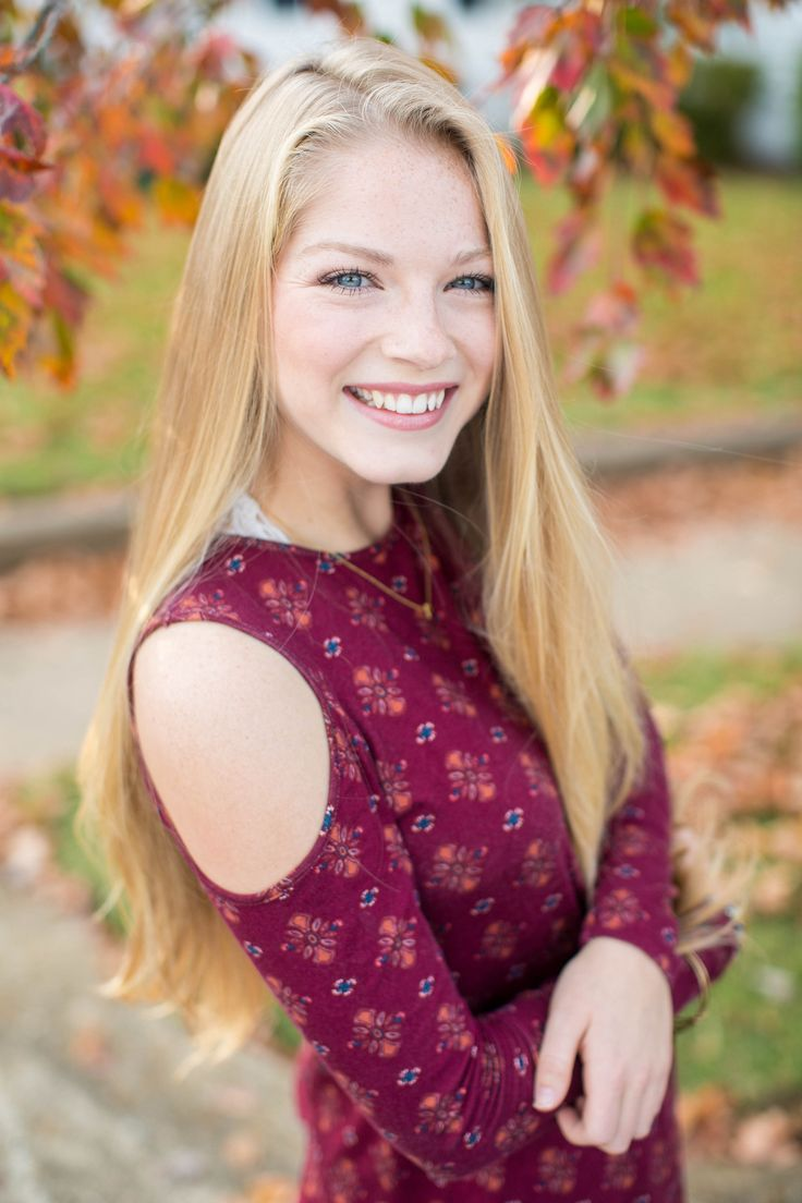 Fall Senior Photography in Fredericksburg VA | by Hope Taylor