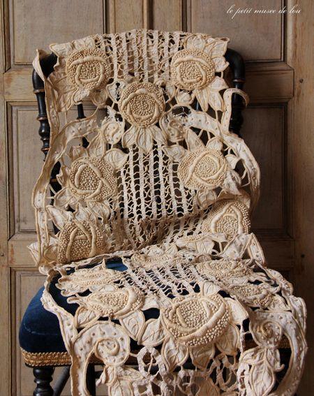"Beautiful, antique ""cutwork"" lace runner~❥"