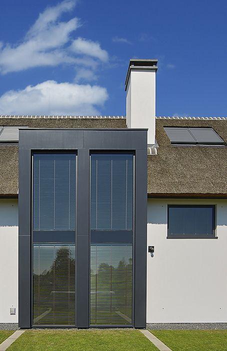 livium shutters zijn speciaal voor buiten ht stijlvolle alternatief voor gordijnen en luxaflex ze