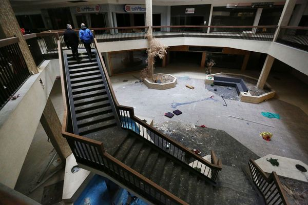 Randall Park Mall demolition will start Monday, as village bets on industrial park (gallery)   cleveland.com