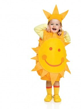 Here Comes the Sun Costume    All you need is: an over-size yellow sweatshirt, orange and yellow felt, elastic, rickrack, pipe cleaners, fabric glue, a large safety pin