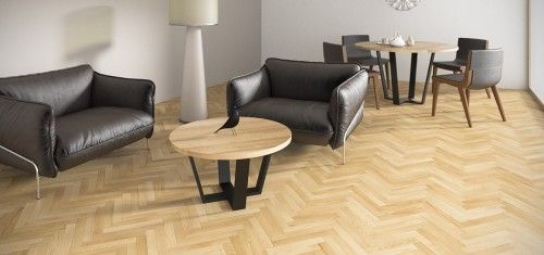 OKRĄGŁY stolik kawowy z drewnianym blatem i stalowymi nogami to mebel uniwersalny, pasujący do większości nowoczesnych wnętrz.