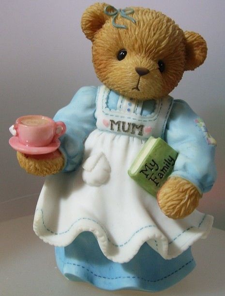 I am a mum, not a mom but I have to admit, I can't stand tea!