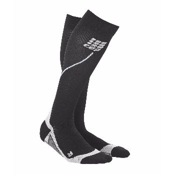 CEP Compression Sports Sock: CEP has revolutionised the world with its compression leg-wear. CEP Sports Socks 2.0 are equipped with metatarsal compression for excellent support and unmatched comfort. Like other CEP legwear they feature medi compression, which reduces vibrations while increasing coordination. This stabilises muscles and joints and, together with the increased blood flow, helps prevent injuries.