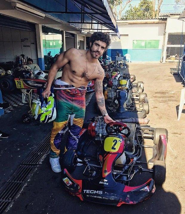 """Caio Castro surpreende fãs com corpo musculoso: """"Deus grego"""" #Ator, #Gente, #Globo, #Hoje, #Instagram, #Noticias, #Programa http://popzone.tv/2017/07/caio-castro-surpreende-fas-com-corpo-musculoso-deus-grego.html"""