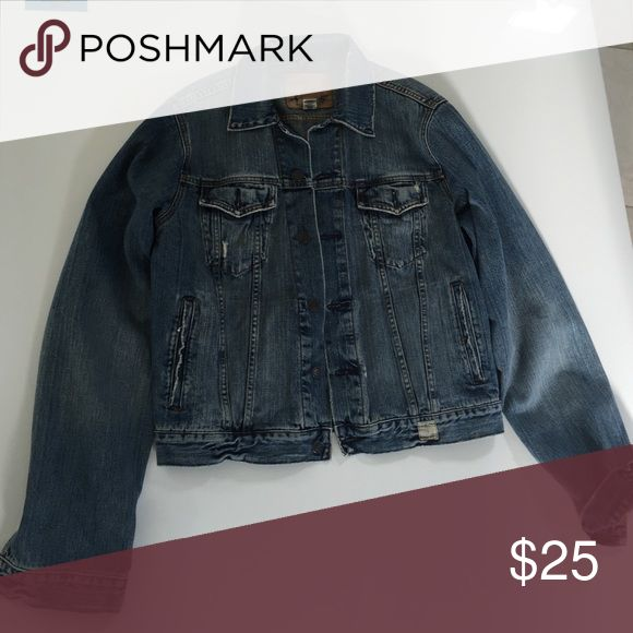 Abercrombie and Fitch large Jean jacket Abercrombie and Fitch large Jean jacket Abercrombie & Fitch Jackets & Coats