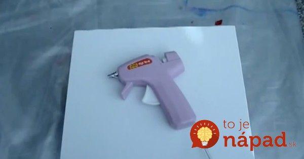 Čo sa stane, keď spojíte voskovky a lepiacu pištoľ? To je krása!