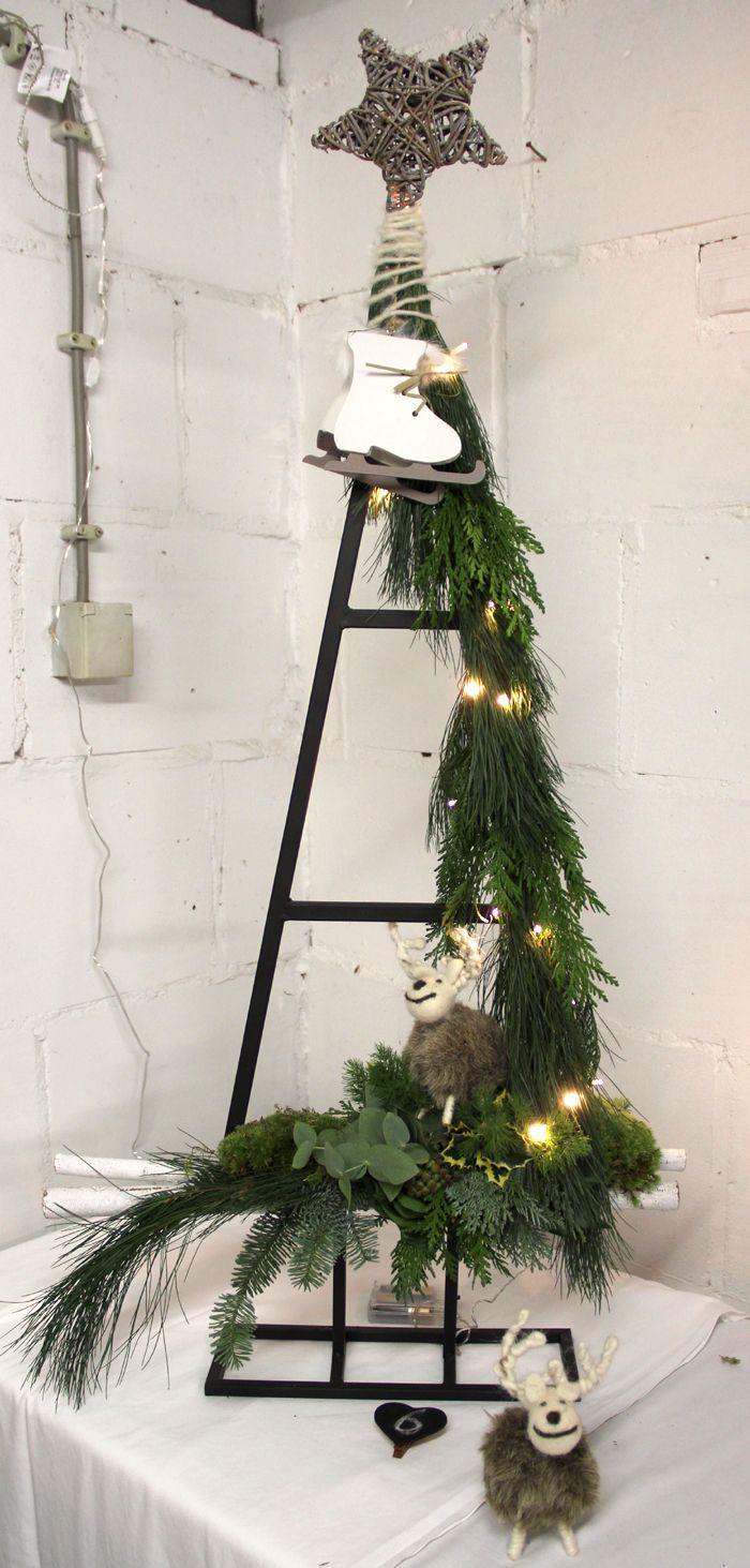 Bloemschikken Rosalie: Bloemschikken Advent en Kerst 2015 - 6. Kerstboom