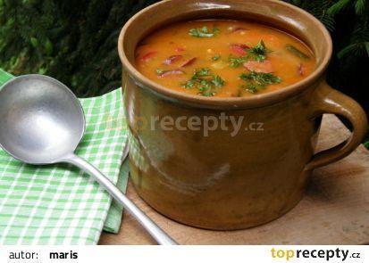 Papriková polévka s klobásou recept - TopRecepty.cz