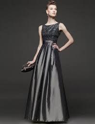 Resultado de imagen para vestidos elegantes color plata
