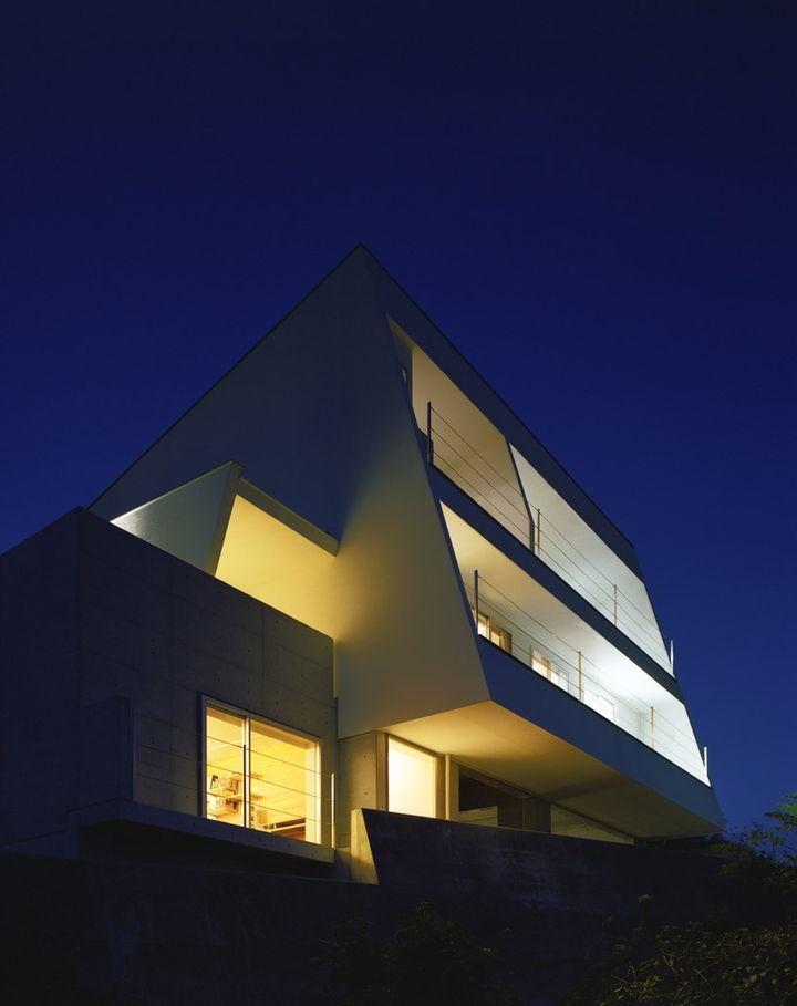 I-House JaponyaI House By Masahiko Sato 06, Architecture Interiors, Modern Architecture, Sato Architecture, Weights Loss Tips, Ihouse Japonya, House Architecture, Modern House, House Stairs