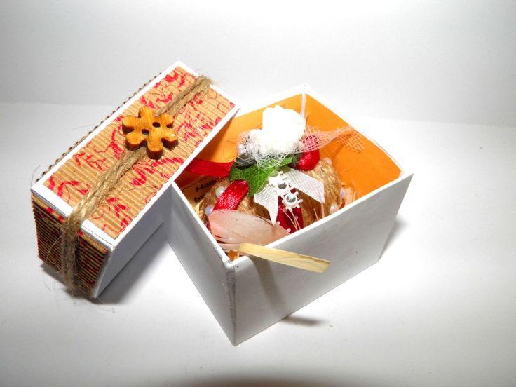 HandMade Easter egg in the box 2