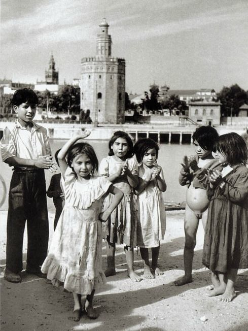 Dancing girl in Seville, 1951. By Jean Dieuzaide, French photographer.