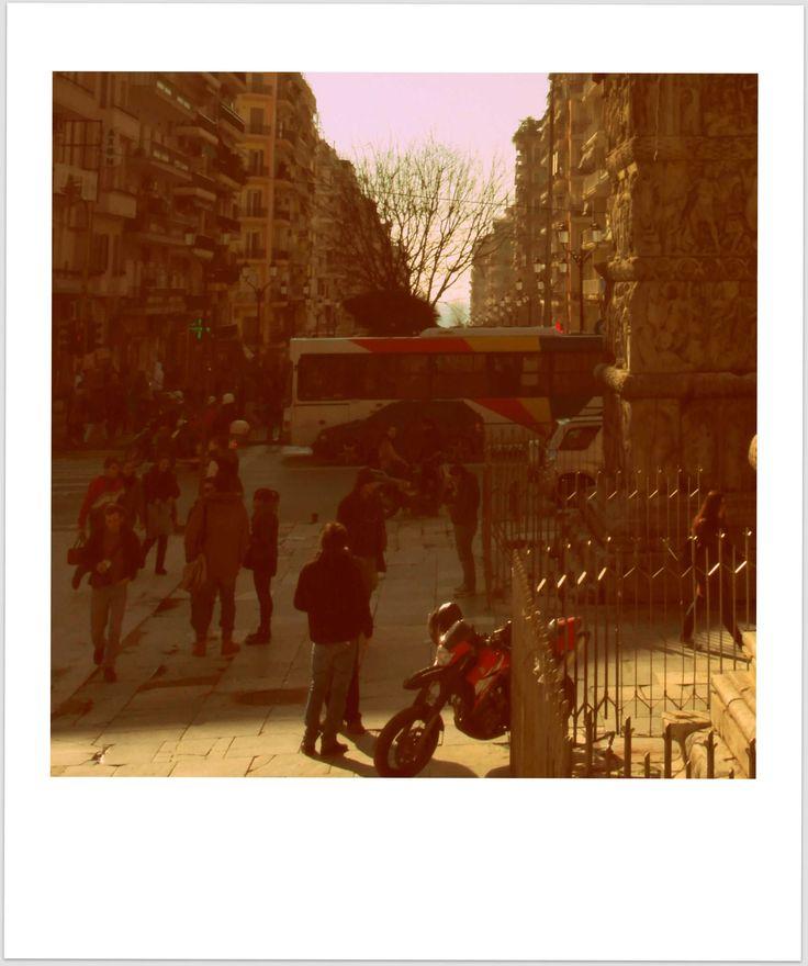 "The ""very thessaloniki"" bus"