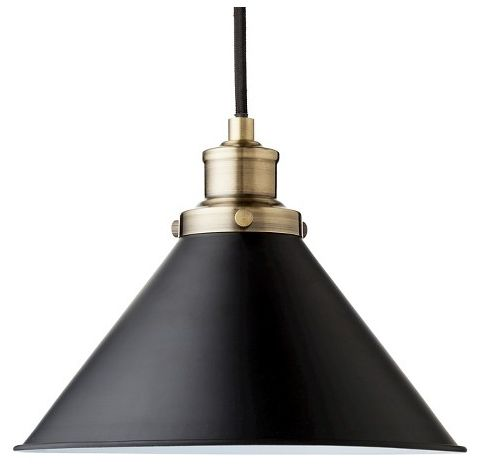 Whether you have several lined up in a row or just 1 hanging out on its own, the Threshold Ceiling Lights warm up your kitchen or dining room with glowing light in a classic look. The ebony black shade and cord pop in contrast with brushed brass hardware for industrial style shine you can count on.Body Material: MetalLamp Color: BlackNumber of Lighting Shades: 1Number of Light Bulbs: 1Maximum Light Bulb Wattage : 60 WattsMount Type: CeilingRequires Hardwired Installation : NoDimensions…