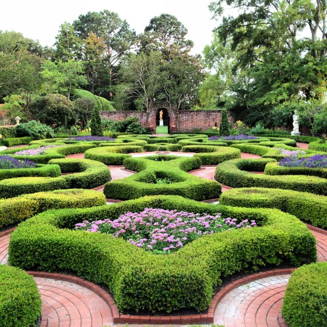tryon palace english garden new bern nc - Carolina Home And Garden Magazine