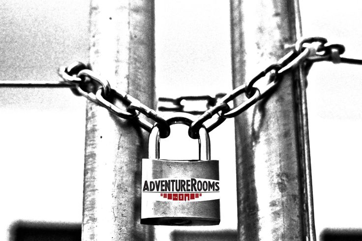 Can you crack the hidden clue and unlock this mystery @ AdventureRooms Oslo?