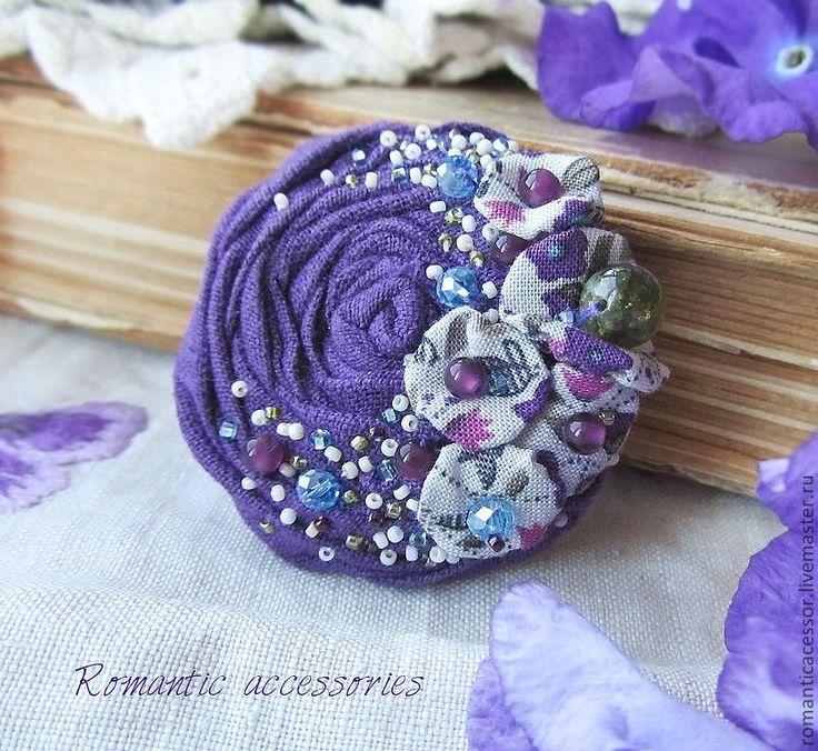 "Romantic accessories Брошь ""Рроза,фиалки"""