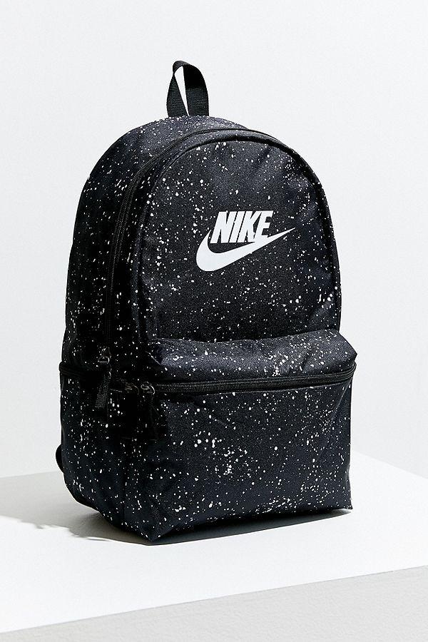 2ea5575aebdb Slide View  2  Nike Sportswear Heritage Backpack