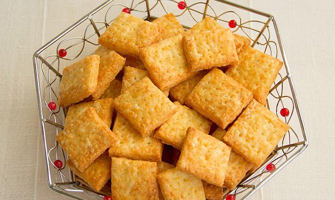 Сырные крекеры: пошаговый рецепт с фото и видео | passion.ru