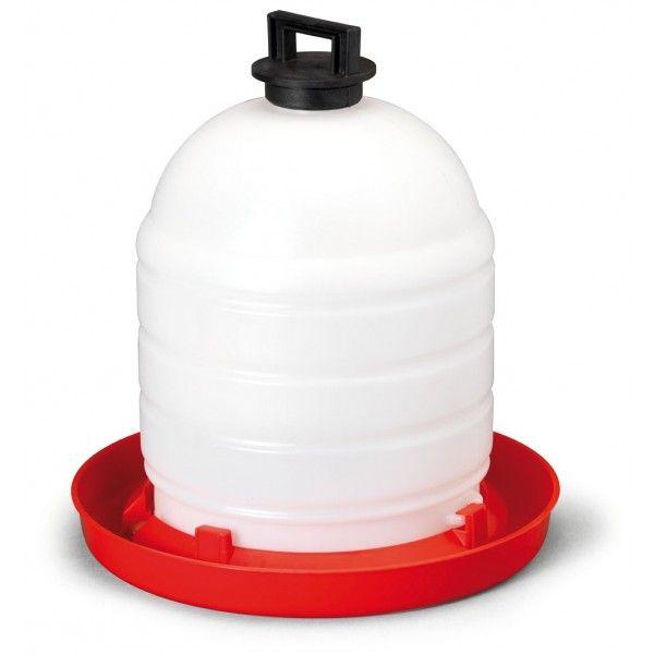 Köp din vattenautomat med handtag till höns här på Lantbutiken. Vattenautomat med handtag så den enkelt kan flyttas och bäras.